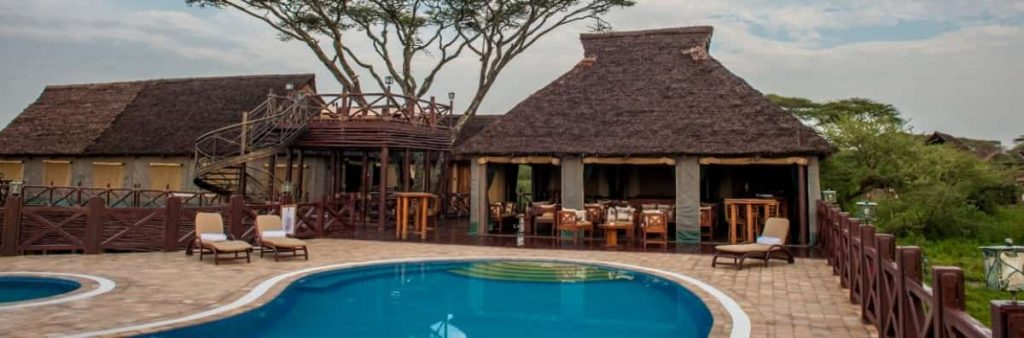 Top 12 Serengeti Luxury Safaris Lodges and Camps